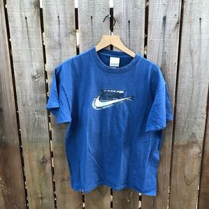 Vintage Nike Men's Big Swoosh Shirt